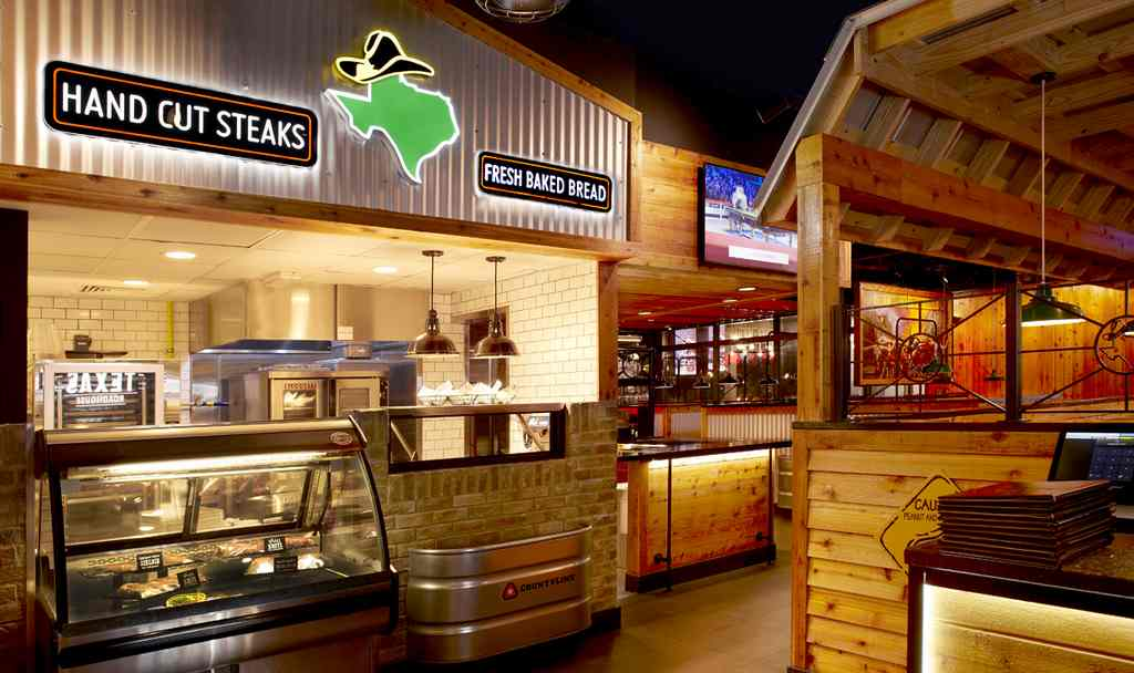 You Of A Texan Neighborhood Barbeque With Its Wooden Floors And Tables Cacti Beautiful Hangings The Ambiance At Texas Roadhouse Boasts Southern